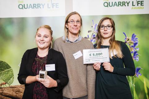 Studenter vid Linnéuniversitetet vann internationell tävling i biologisk mångfald inom byggmaterialindustrin