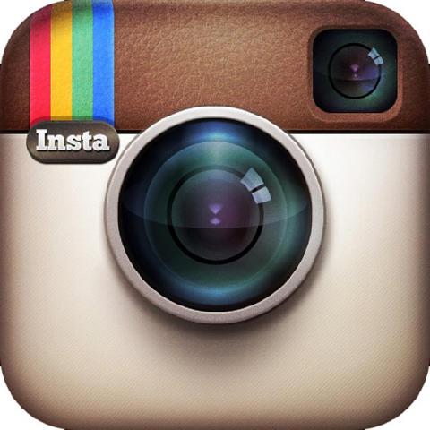 Följ våra äventyr på Flygstolen via Instagram