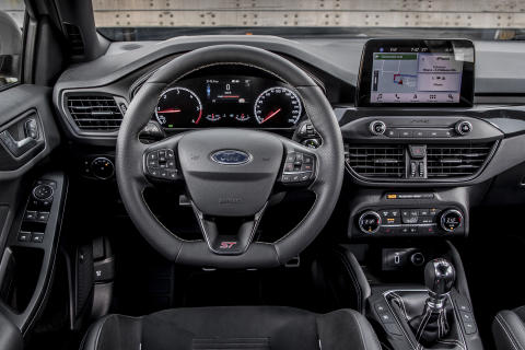 FORD_2019_FOCUS_ST_Wagon_Magnetic_27