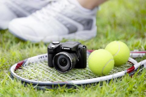 PowerShot SX510 HS_BLK_01_lifestyle (15)