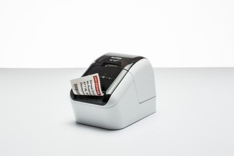 Etykiety w dwóch kolorach – profesjonalna termiczna drukarka etykiet od Brother