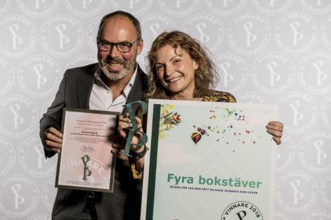 """""""Fyra bokstäver"""" – en bok för dig som fått en ADHD-diagnos som vuxen vinner årets Publishingpris!"""