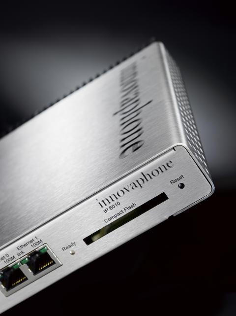 Kraftfull gateway från Innovaphone, IP6010