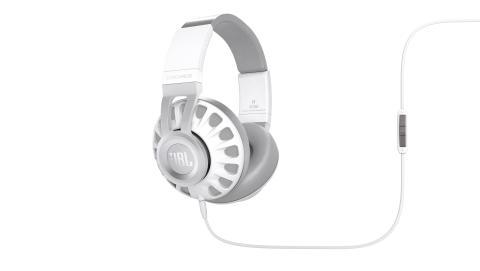 Nya JBL Synchros-serien – hörlurar med JBL:s världsberömda proffsljud