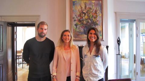 Karin Mattsson Weijber med Pär och Sophie