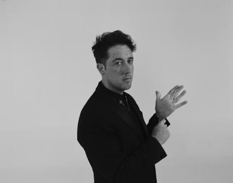 Två nya låtar från Love Fame Tragedy - Matthew Murphy i samarbete med Joey Santiago, Gus Unger-Hamilton, Matt Chamberlain & Lauren Aquilina