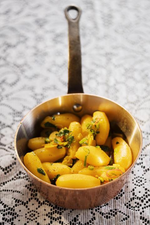 Månadens recept i januari 2010: Saffranskokt potatis