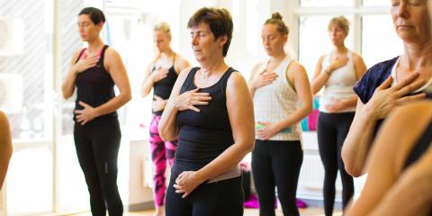För kvinnor – Katarina Woxnerud kommer till Yogamarathon för att visa nya appen Bröstcancer –Återfå rörlighet