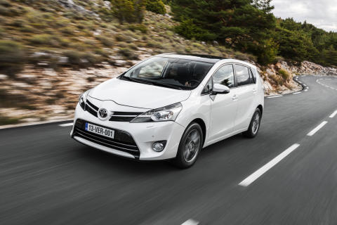 Ny snål 1,6-liters turbodiesel i Toyota Verso