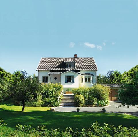 Behagligare inomhusklimat i sommar med rätt tak från Monier