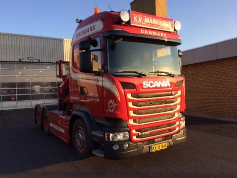 Ny Scania R 450 med HMF kran til K.V. Markussen