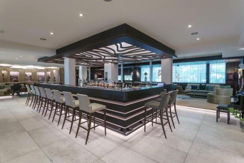 Neuer Barbereich im DolceVita Hotel Feldhof in Naturns