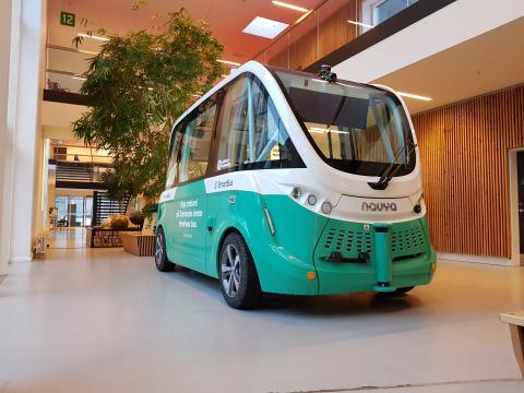 Selvkørende busser har stadigvæk brug for chauffører