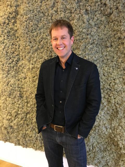 Lauri Lindgren ny chef för Amgen i Sverige