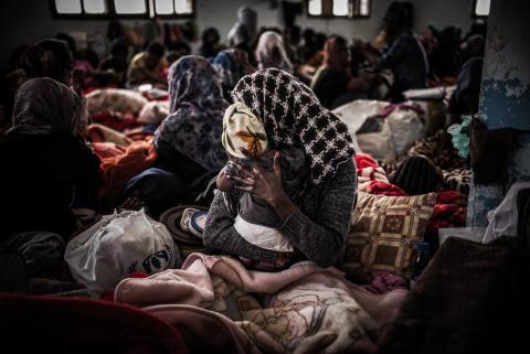 Libyen: 800 människor inlåsta utan mat och vatten