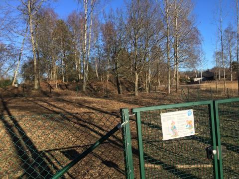 Pressinbjudan: Invigning av nya hundrastgården i Vägga