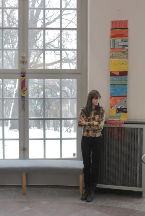 Hannah Waldron - porträtt och To Houshi Onsen