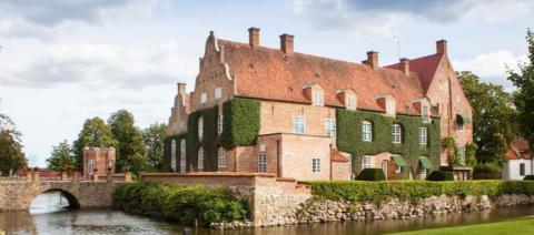 Trolle Ljungby slott tar klimatkliv med energilösning från Malmberg Geoenergi