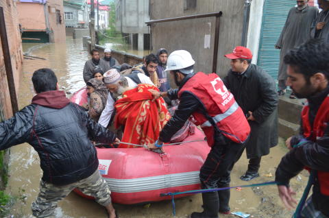 Räddningsinsats översvämningar Indien