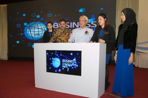Dr Vijay Eswaran Inspires Students At QIUP Business Symposium