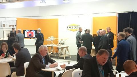 Ett språng ut på marknaden för Freedesk