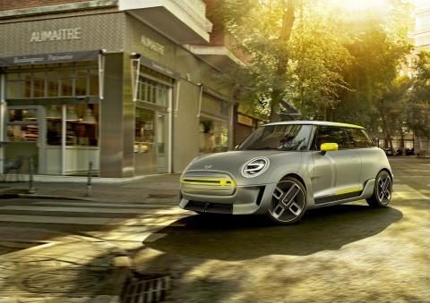 MINI esittelee sähköautokonseptin Frankfurtin automessuilla