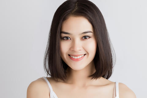 7 Visible Signs of Aging in Asians