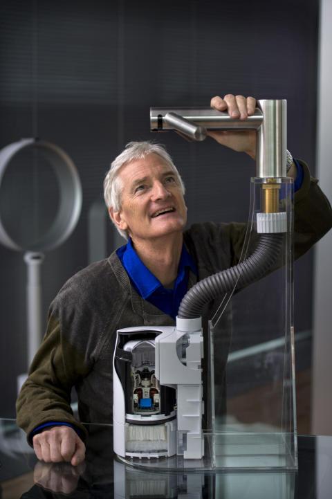 Dyson Airblade Tap mit James Dyson