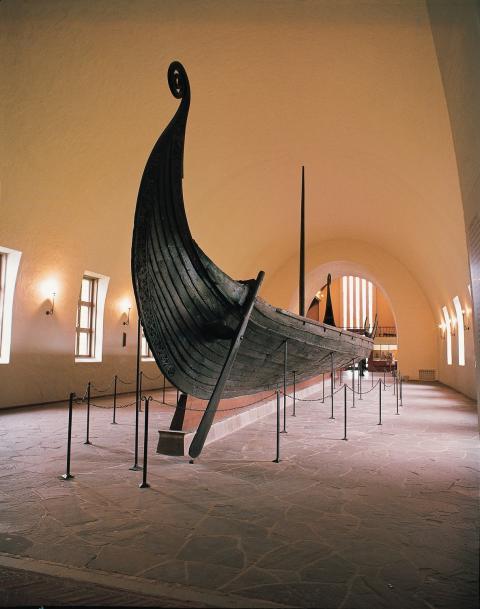 Драккар в Музее кораблей викингов в Осло