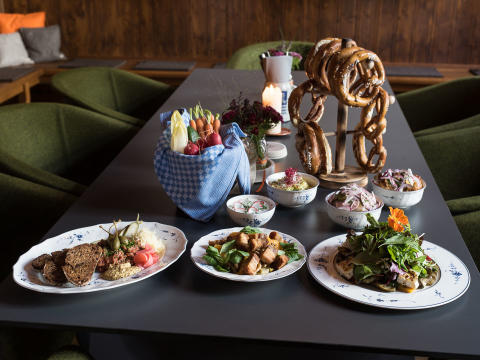 Villeroy & Boch in Munich's trendy Servus Heidi restaurant - classic Alt Luxemburg meets modern Bavarian cuisine