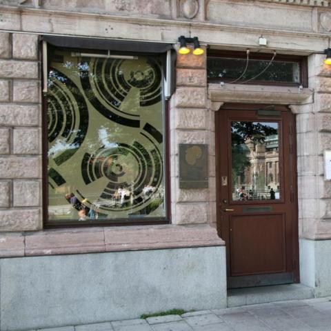 Fönsterdekor Fredsgatan 12