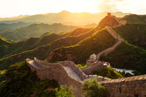 STAR IN YOUR OWN EPIC ADVENTURE EXPLORING 'THE GREAT WALL' WITH CHAPTERS EXPERIENCE HOLIDAYS