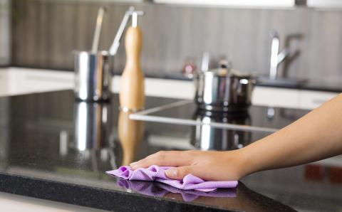 """""""En kovin paljon pidä siivoamisesta, mutta nyt tuli vähän pintojen puhdistamisen himo"""""""