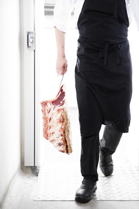 Svartengrens tar kontrollen över köttet