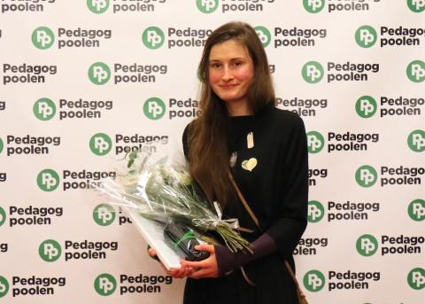"""Martina Smolcic 29 år (Stockholm) får priset """"Årets Elevassistent"""" för sina insatser inom skola"""