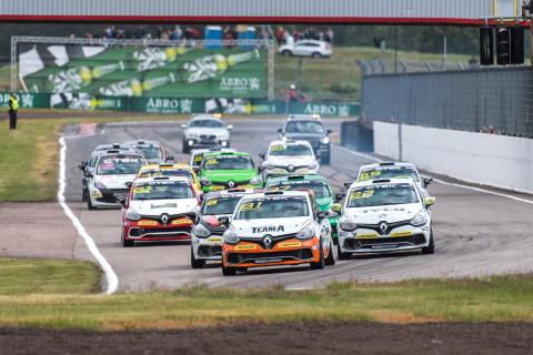 Clio Cup 2016 – blir JTCC 2017. Foto: Daniel Ahlgren/STCC
