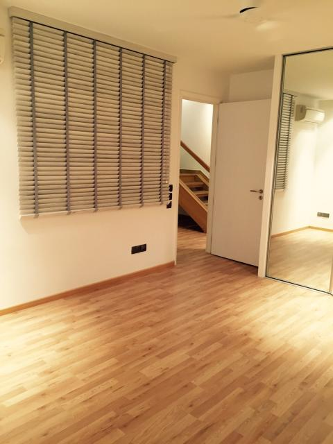 Differences between laminate flooring solid wood - Difference between laminate and hardwood flooring ...