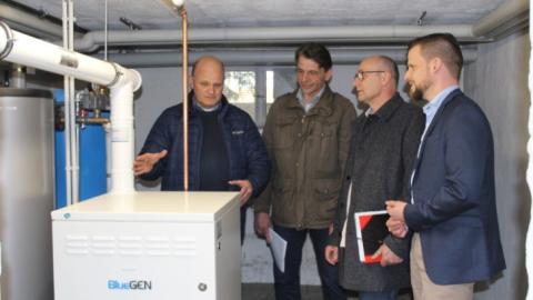 Stadt Langenselbold nimmt Brennstoffzelle in Betrieb