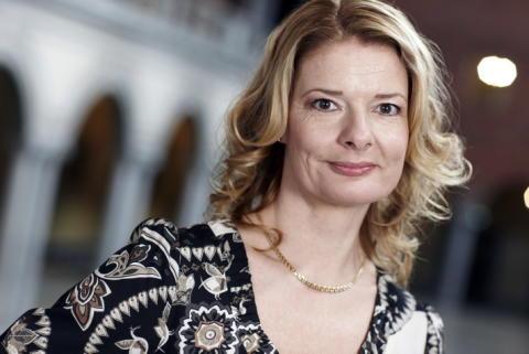 Edholm (FP): Inför ungdomsavtal i Stockholm
