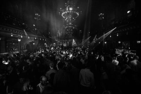 Berns presenterar Thèquehouse med CLMD, Sebjak och Dear David!