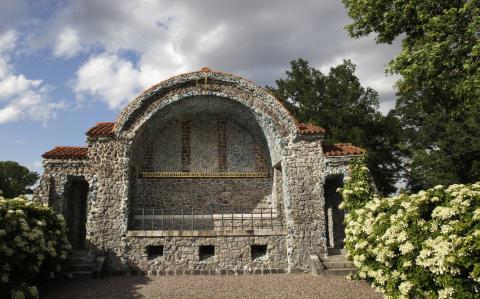 Invigning av Färna Mausoleum som byggnadsminne
