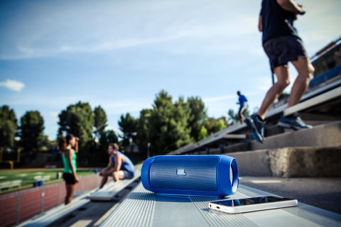 JBL Charge 2 - Lifestyle