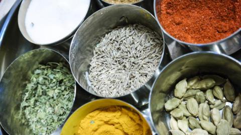Indisk krydder. Foto : Teresa Bergerud