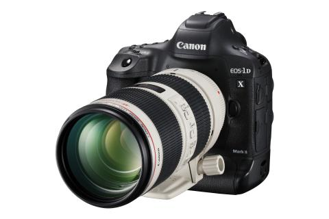 Canon celebrates 16th consecutive year of No. 1 share of global interchangeable-lens digital camera market