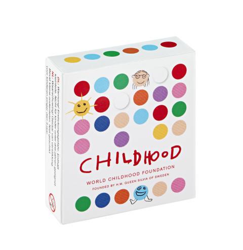 Childhood-armbandet i barnstorlek