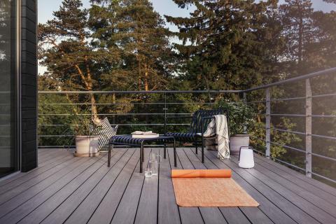 Utegolv i träkomposit - för ett skönare uteliv
