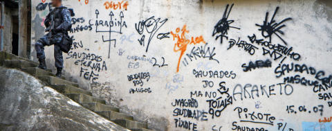 Brasilien: Polisvåld dödar hundratals medan Rio förbereder sig inför OS