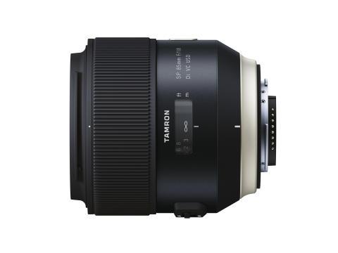 Tamron SP 85mm F/1.8 Di VC USD, ovenifra
