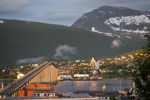 Der Reiseanbieter Troll Tours bietet im Sommer 2016 direkte Charterflüge ab Deutschland nach Tromsø und Evenes