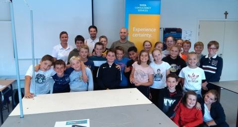GoIT-programma van TCS stimuleert studiekeuze voor STEM en interesse in IT bij Belgische studenten